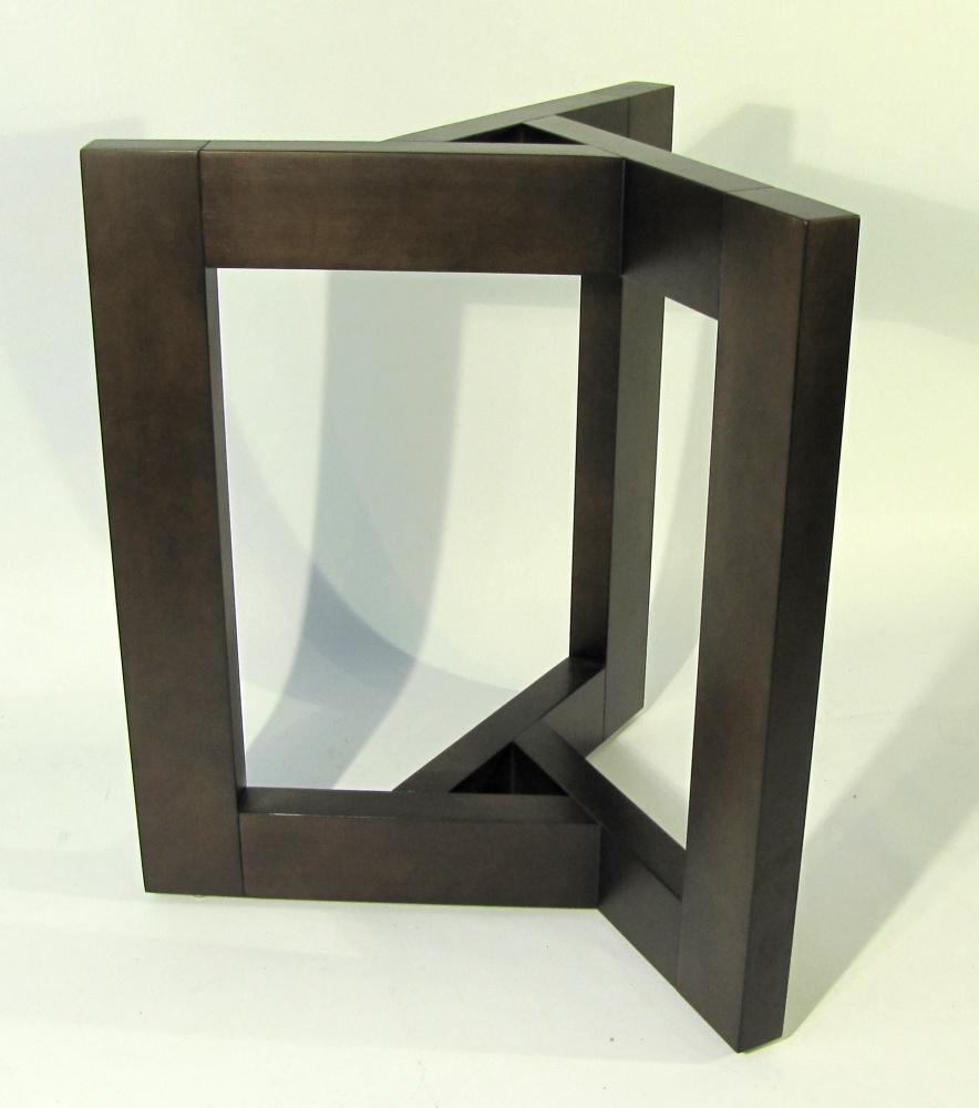 base trpode de madera para mesa